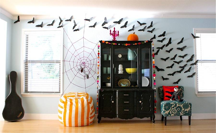 Halloween-office-decorations-bats-3(1)